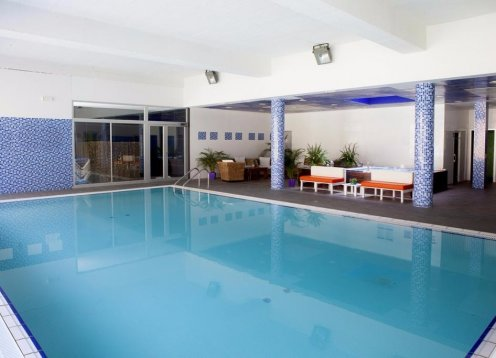 Apartment 8 Sitze mit beheiztem Pool Sauna SPA
